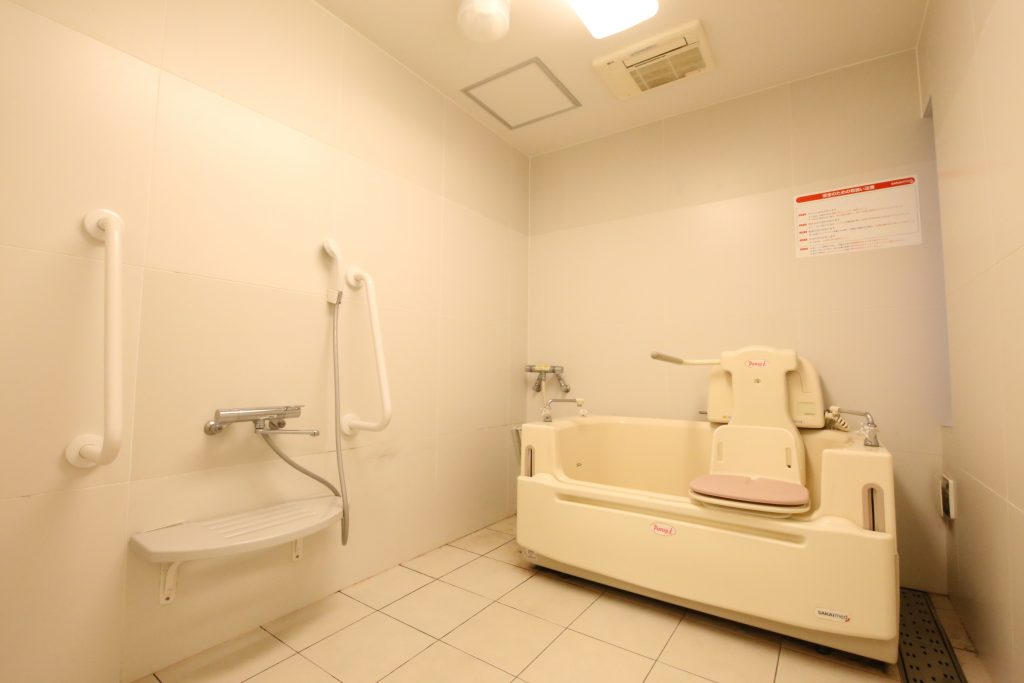 ADL浴槽